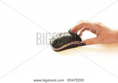 The Process Of Manipulating Electronic Mouse For Laptop