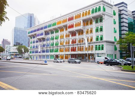 Singapore - 31 Dec 2013: A Beautiful Building In Singapore.  White Walls, Trimmed With All The Color
