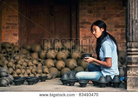 Potter Girl, Nepal