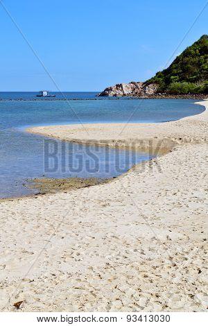 Asia In Phangan Bay Isle White Beach    Rocks Pirogue   South China Sea