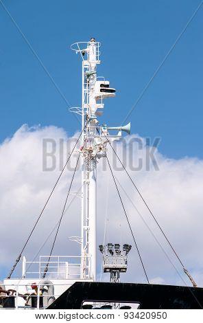 Modern Ship Mast