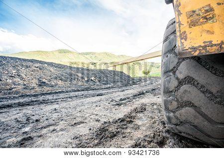 Huge machines used to coal excavation
