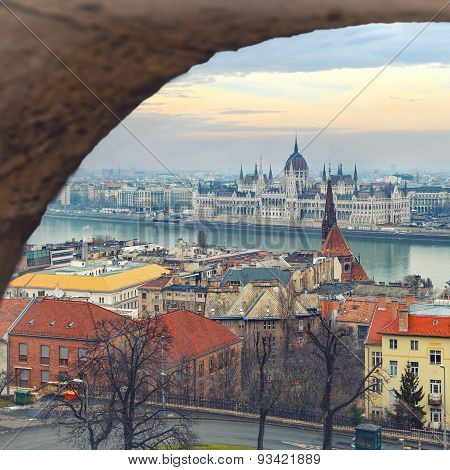 Viewpoint panorama of Budapest from Matthias Church