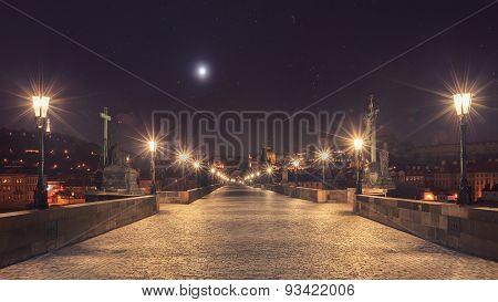 Night view of Charles bridge