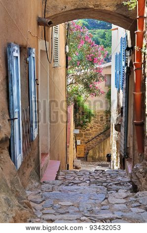 Corsica Village - Pina-