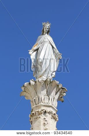 Silver statue of Mary