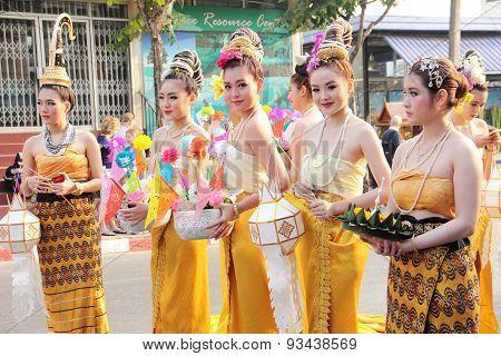girl group in flower Festival