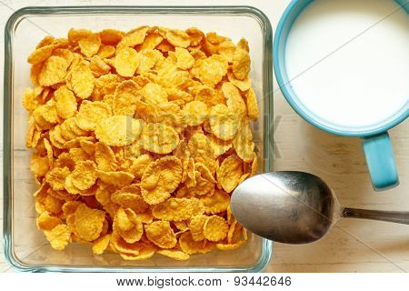 Children's breakfast:  heap of cornflakes on plate