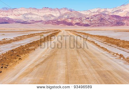 Death Valley Desert Road