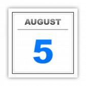 foto of august calendar  - August 5 - JPG