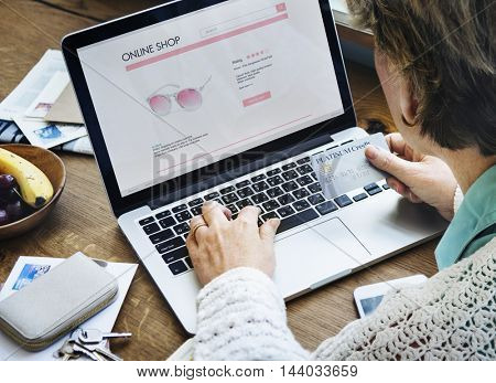 Online Shopping Purchase Connection Website Concept