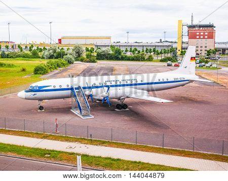 Il-18 Aircraft (hdr)