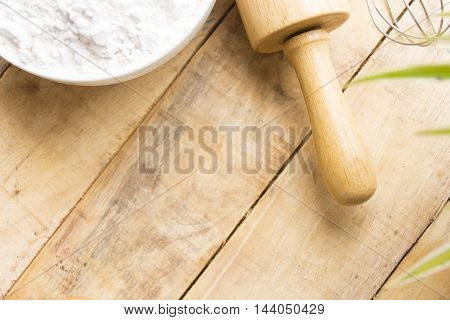 Equipment baking  or background cooking and raw food or dessert.