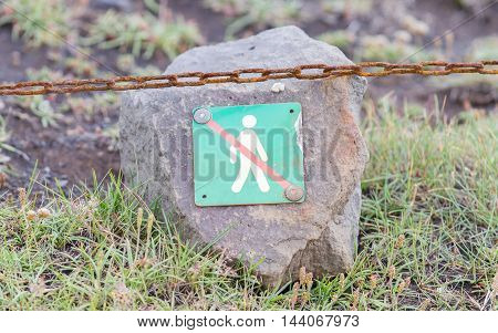 Forbidden to walk over here - Sign in Iceland
