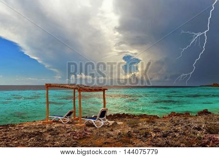 Sea before the storm, tropical Paradise