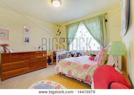 Girls Bedroom With Green And Pink.
