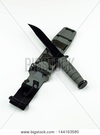 military combat knife cross pattern ka-bar no logo wide crop