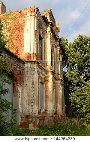 Ruin palace in the estate Znamenka near St.Petersburg Russia.