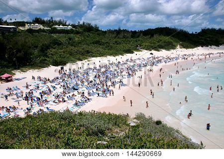 Horseshoe Bay beach full of vacationers on Bermuda