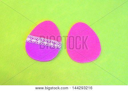 Sewing set for felt Easter egg. How to make handmade decor. Easter felt egg crafts. Step