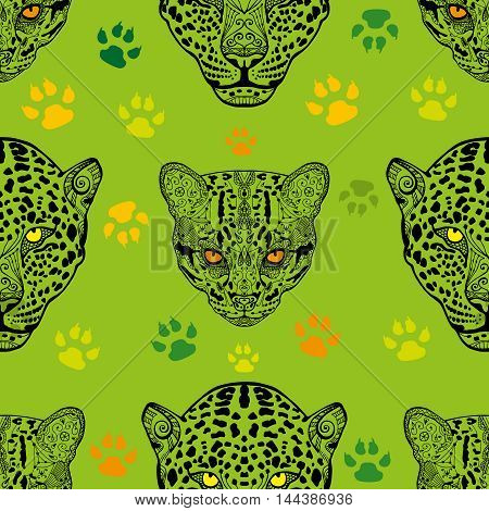 Seamless hand drawn animal. Cute vector wild cats seamless pattern. Wild Cat and Cheetah pattern with green background. Doodle wallpaper
