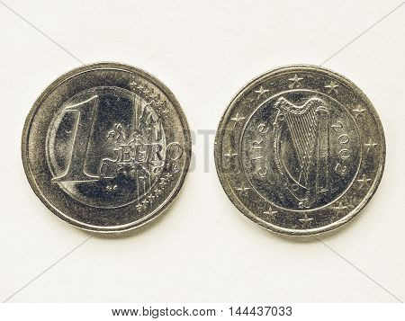 Vintage Irish 1 Euro Coin