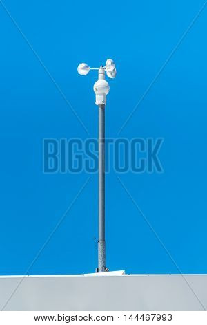 Large view on the anemometer and the blue sky