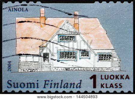 FINLAND - CIRCA 2004: a stamp printed in Finland shows Sibelius' House Ainola circa 2004