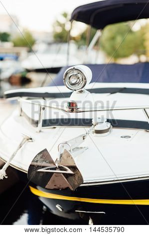 front lights on the promenade the yacht to travel at night and the correct mooring
