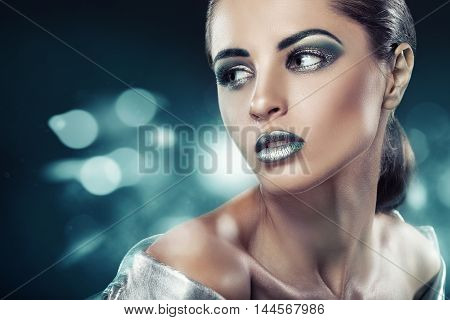 Fashion Green Makeup