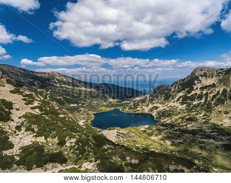 Aerial view of Mountain Lake panoramic view