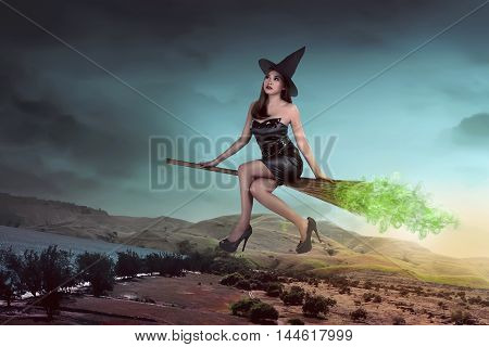 Asian Sexy Witch Woman Ride The Broom