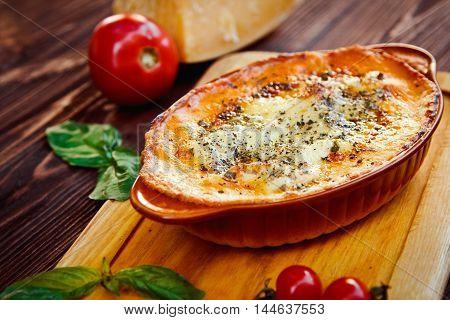 Lasagna (italian Leafy Meat Pie And Cheese Parmigiano)