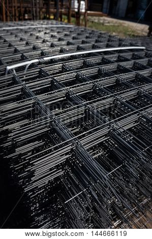 Metal grid for construction. It is used for concrete reinforcement