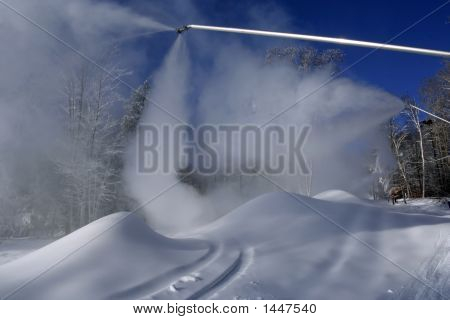 Snow-Making Machine To Go Skiing In December