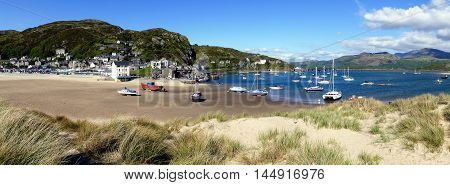 Barmouth Wales Boats Harbour Beach Panoramic View