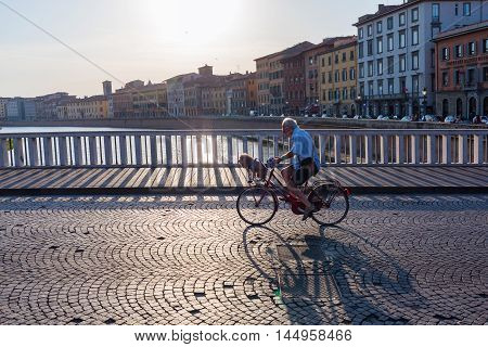 Street Scene On The Bridge Ponte Di Mezzo In Pisa