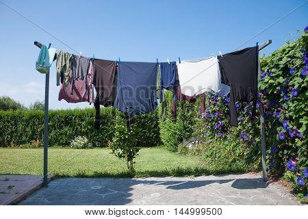 Exterior Clothesline
