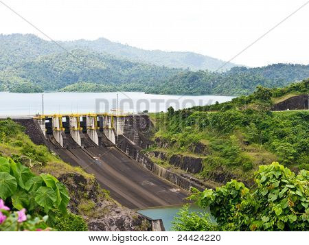 Dam for Hydroelectric Power Station