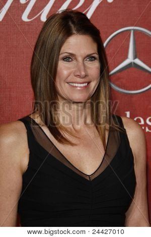 PALM SPRINGS - JAN 8: Mary Bono Mack at the 2011 Palm Springs International Film Festival Awards Gala held at the convention center in Palm Springs, California on January 8, 2011