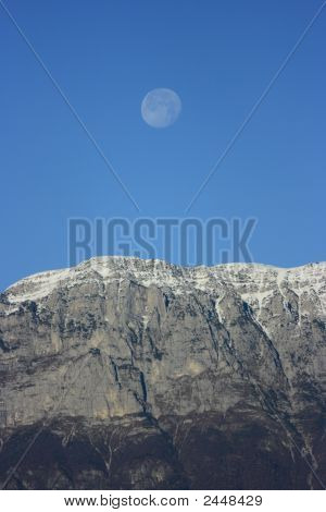 Mountain&Moon