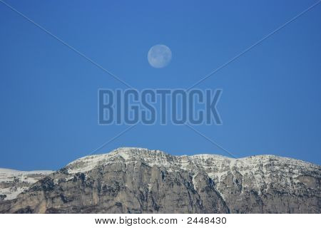 Mountain&Moon
