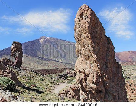 Roques de Garcia with El Teide