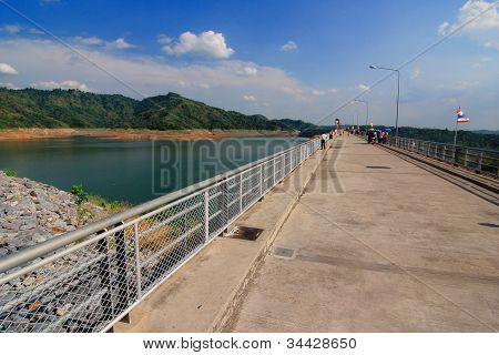 Masonry Dams, Reservoirs, Natural Medium.