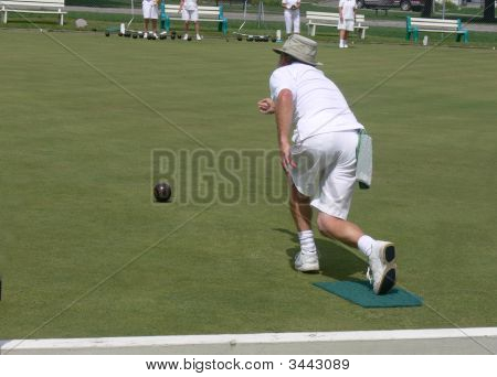 Gentleman Lawn Bowler In Competition