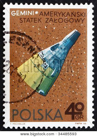 Postage stamp Poland 1966 Gemini, American Spacecraft