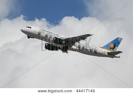 Frontier Airlines Airbus A320-214