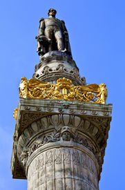 foto of leopold  - King Leopold Statue I Statue on the Congress Column in Brussels - JPG