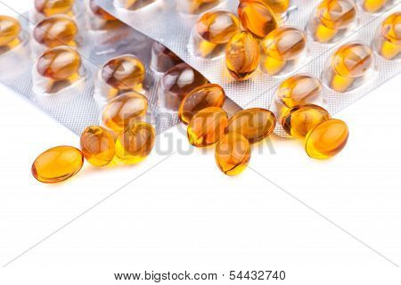 yellow fish oil pills