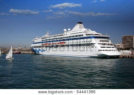 Cruise and sailing boat